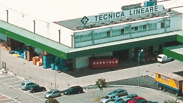 Viene creato il Centro Lineare.