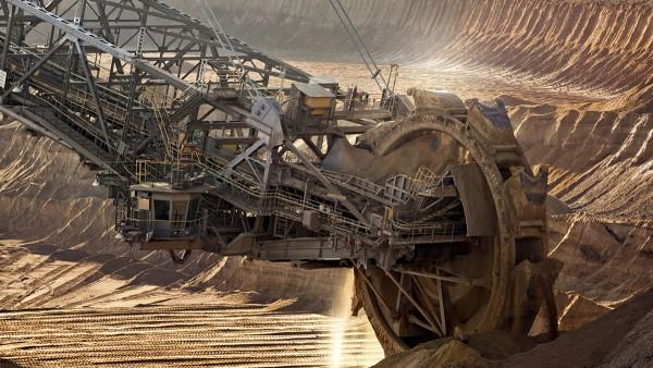 Soluzioni Schaeffler per il settore dell'estrazione e della lavorazione di materie prime